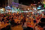Con phố ẩm thực cùng những món ăn bình dân tại Bangkok Thái Lan