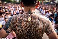 Hai lễ hội kì dị của Thái Lan dễ khiến bạn chết khiếp