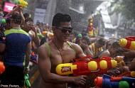 Lễ hội té nước Songkran thú vị ở Thái Lan