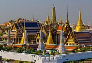 Tham quan ngôi chùa Phật Ngọc lục bảo nổi tiếng tại Thái Lan