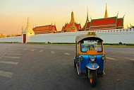 Về tuk tuk – phương tiện thăm quan lý tưởng ở Bangkok