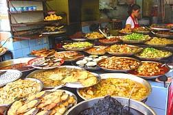 Những 'thiên đường ăn vặt' ở Bangkok
