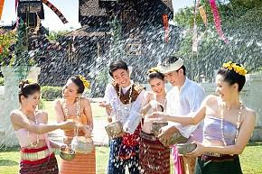 Tour 4 Ngày 5 Đêm tham dự Tết Té Nước Ở Thái Lan