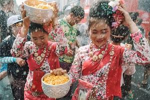 Tour Thái Lan tham dự lễ hội té nước khởi hành 13/4