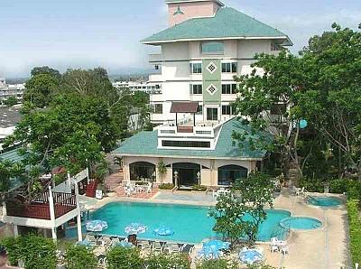 Diana Garden Resort tiêu chuẩn 3 sao nằm ở phía Bắc của thành phố Pattaya