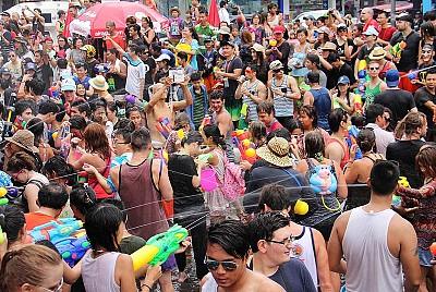 Những lưu ý khi tham gia lễ hội té nước Thái Lan