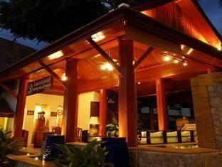 Safari Beach Hotel Nằm ở giữa các hoạt động của bãi biển Patong Phuket