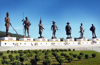 7 vị vua - 7 ngôi sao sáng quy tụ một điểm, nơi đến không thể thiếu ở Thái Lan