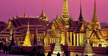 Đến Pattaya - Tham gia trò chơi mạo hiểm nhảy dù