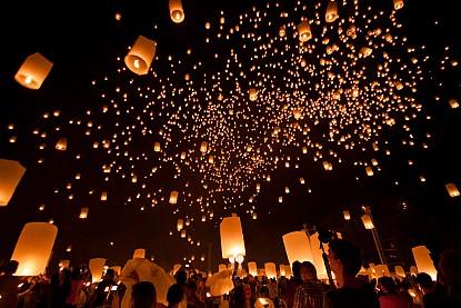 Loi Krathong - Lễ hội độc đáo của Thái Lan