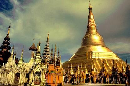Thái Lan được mệnh danh là gì?