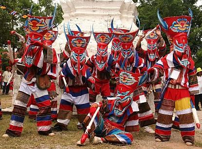 Tham gia lễ hội ma xó ở Đông Bắc Thái Lan