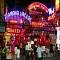 Cuộc Sống Náo Nhiệt Thường Ngày Tại Bangkok, Thái Lan