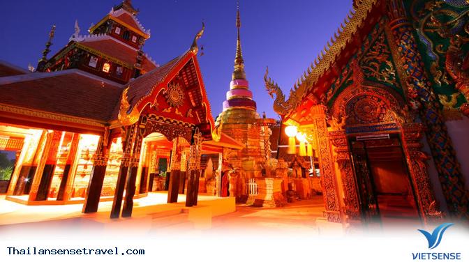 Tạm xa phố xá, bạn nhất định nên tới cố đô Lampang nếu muốn yên bình - Ảnh 1
