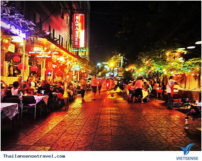 Vẻ đẹp khác biệt thủ đô Bangkok của Thái Lan - Ảnh 1