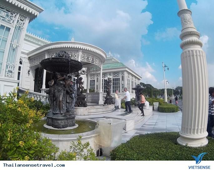 Ghé thăm cung điện trắng ở Thái Lan - Ảnh 3