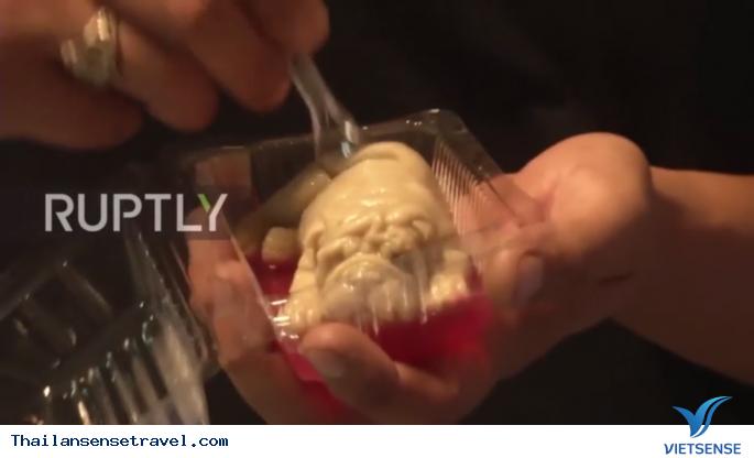 Món kem dừa với hình thù mới lạ rất thu hút khách du lịch - Ảnh 3