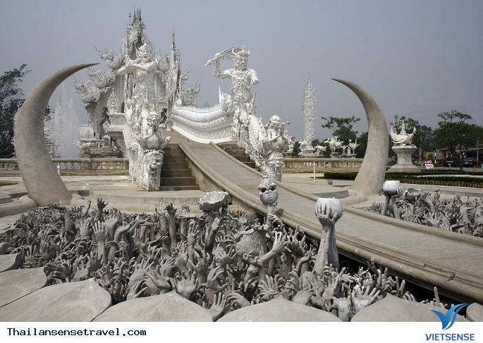 Viếng thăm ngôi chùa trắng tại Thái Lan. - Ảnh 2