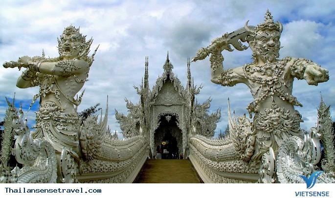 Viếng thăm ngôi chùa trắng tại Thái Lan. - Ảnh 4