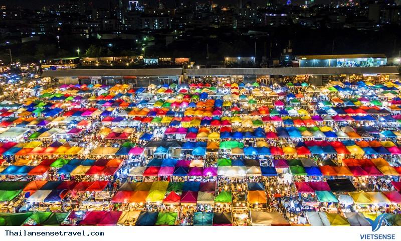 Chợ đêm Rod Fai Ratchada
