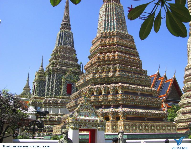 Wat Pho (tên gọi khác Wat Phra Chetuphon)