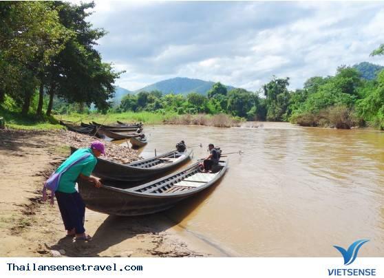 Khám phá ngôi làng cổ dài Huay Pu Keng ở Thái Lan, 2018 - Ảnh 1