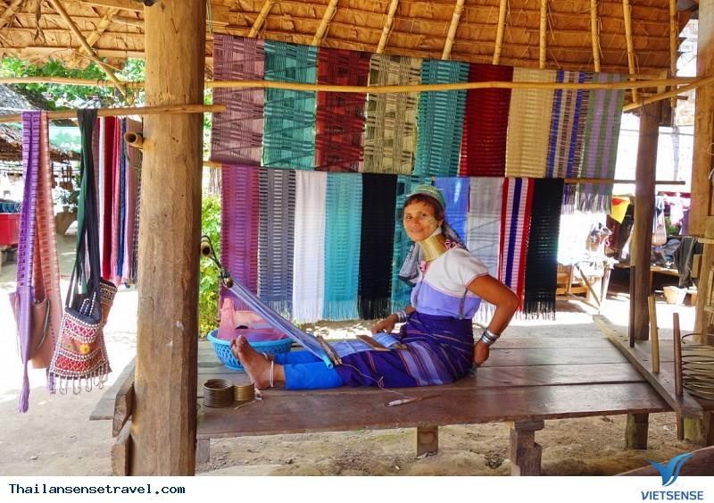 Khám phá ngôi làng cổ dài Huay Pu Keng ở Thái Lan, 2018 - Ảnh 3