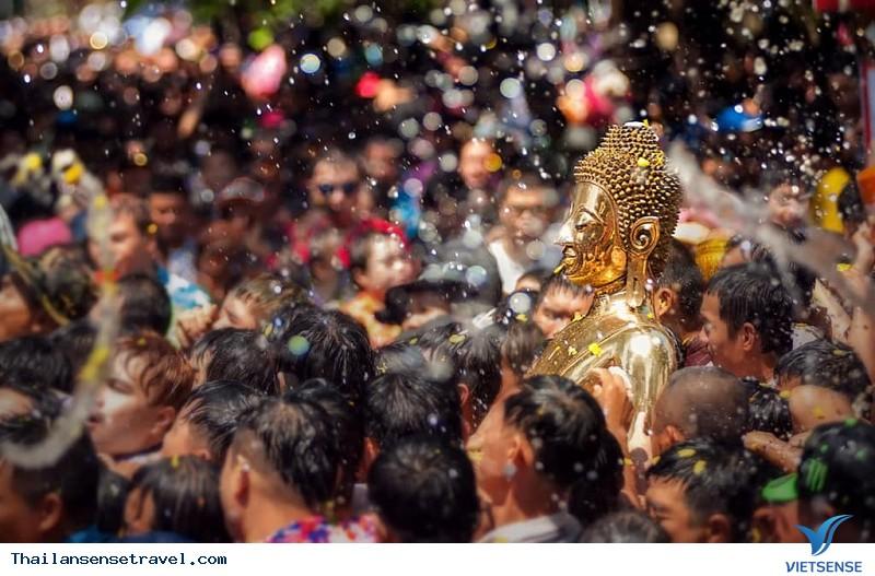 Lễ hội té nước Thái: Huyền thoại Songkran - Ảnh 5