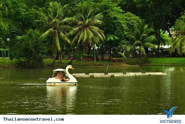 Đi dạo tại công viên Lumphini
