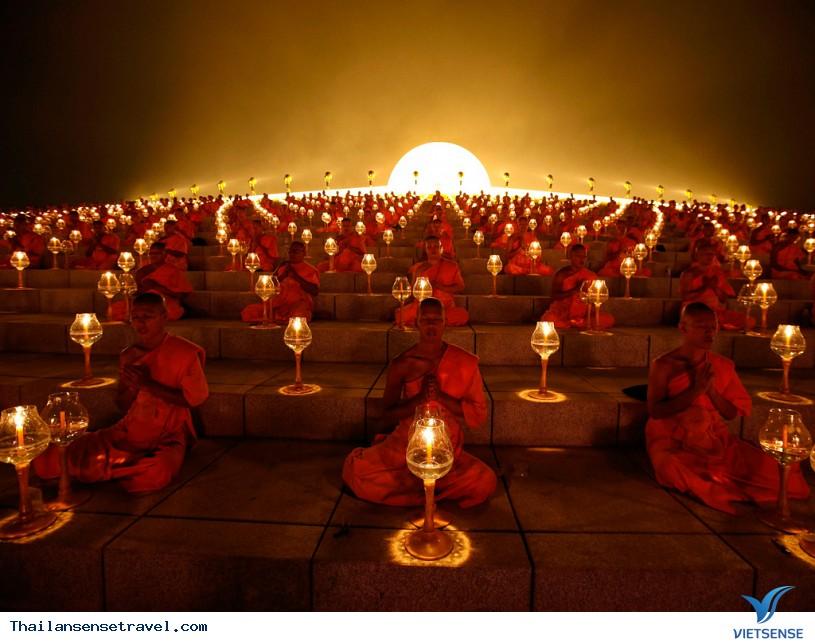 Viếng thăm ngôi chùa có nhiều tượng vàng nhất Thái Lan. - Ảnh 4