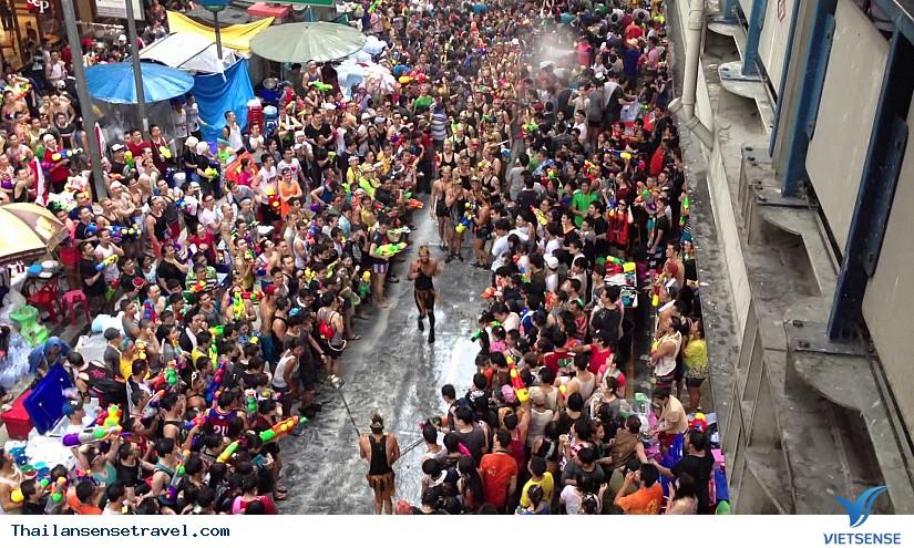 Dự tết Songkran Thái Lan với giá rẻ chưa từng có - Ảnh 2