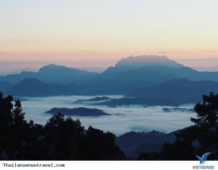 Biển mây tại Huay Nam Dang - Chiang Mai - Ảnh 1
