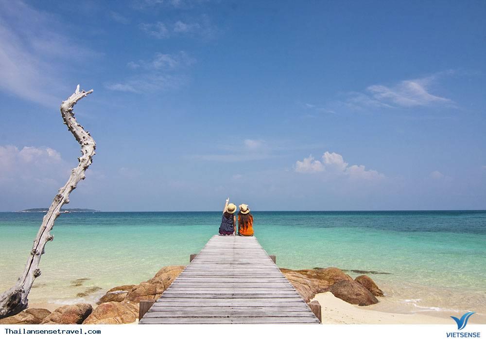 Bãi biển trừ phú Laem Charoen