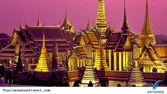 Đến Pattaya - Tham gia trò chơi mạo hiểm nhảy dù - Ảnh 1