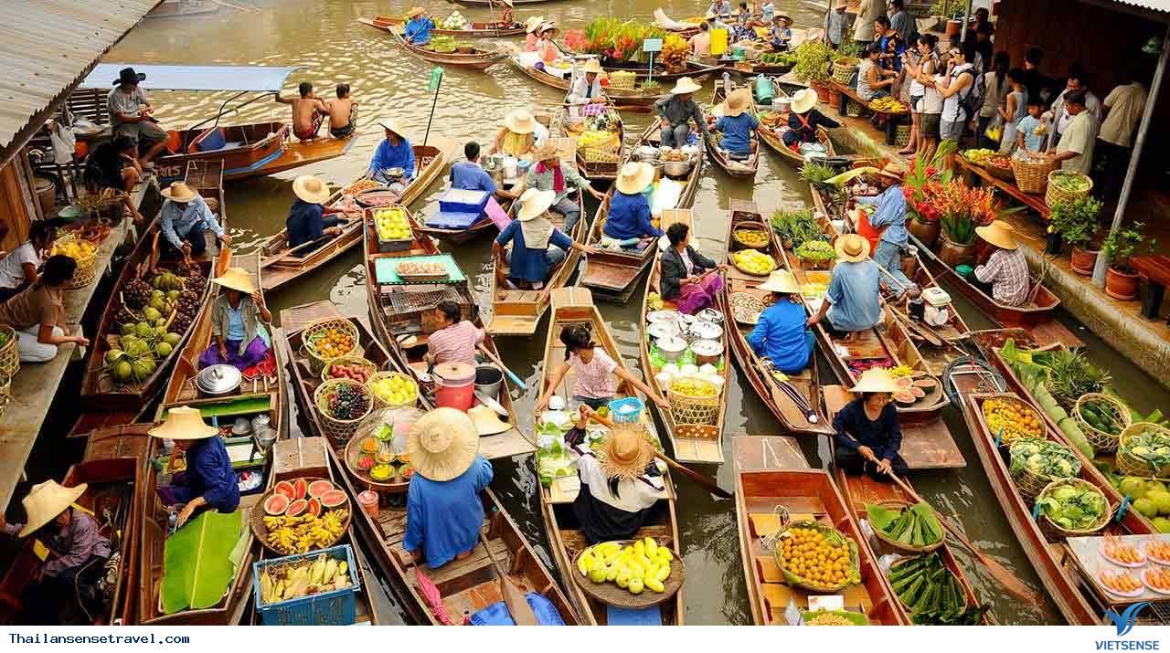 Chợ nổi Bốn miền Pattaya - Ảnh 1