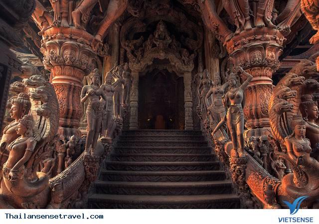 Lâu đài gỗ Sanctuary of Truth - Ảnh 1