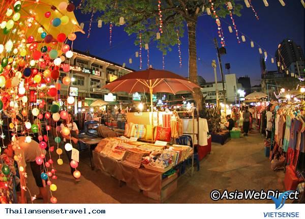 Chợ đêm Bazaar