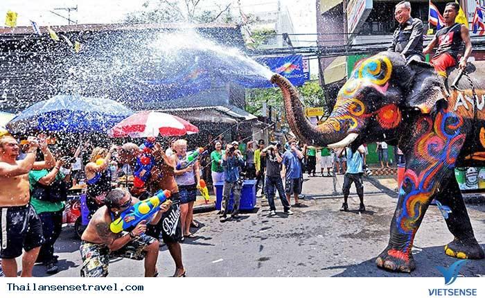Songkran Festival - Ảnh 1