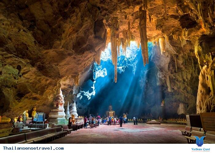 Thời điểm được phép du lịch hang Tham Luang