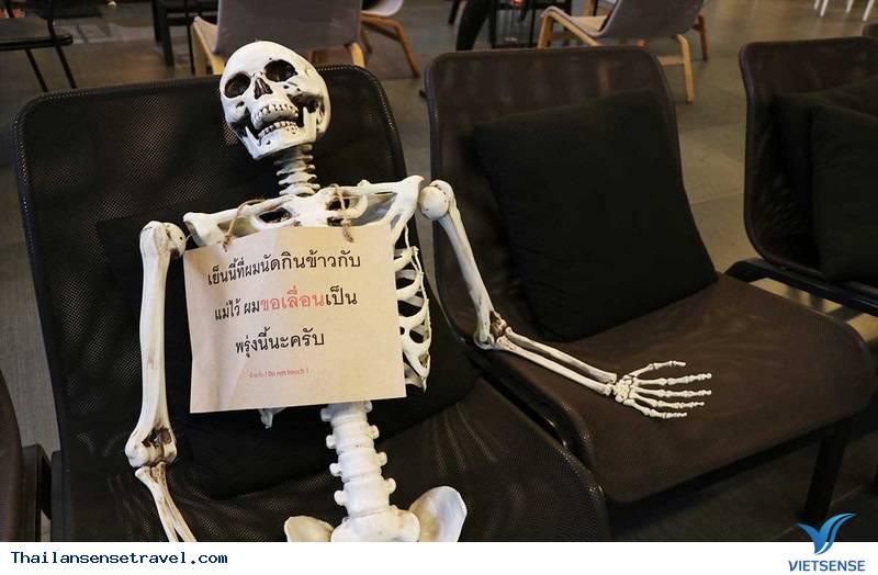 Kỳ lạ quán café ''chết chóc'' tại Thái Lan - Ảnh 2