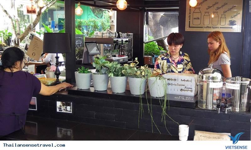 Kỳ lạ quán café ''chết chóc'' tại Thái Lan - Ảnh 4