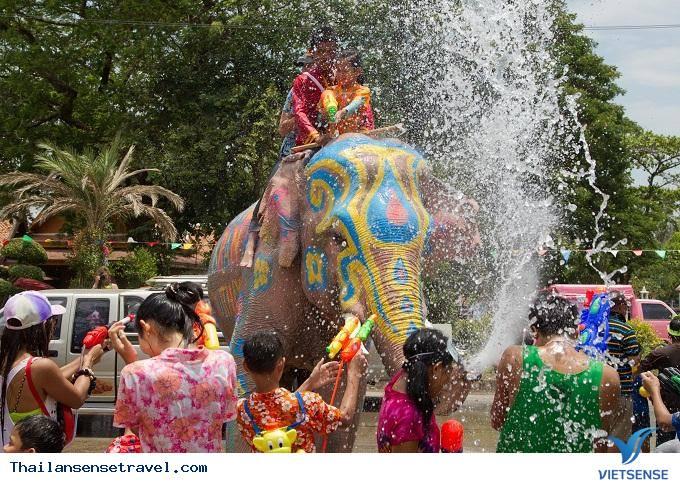 Hoạt động thú vị nhất trong lễ hội té nước Thái Lan 2019