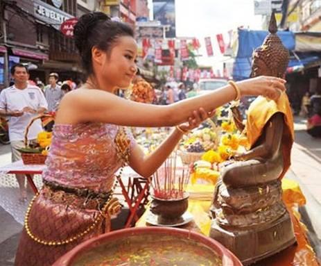 Dự tết Songkran Thái Lan với giá rẻ chưa từng có - Ảnh 9