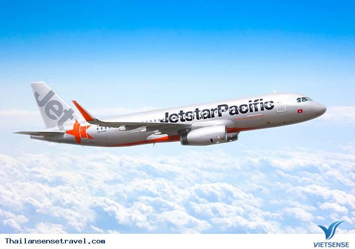 Chọn hãng hàng không đi Thái Lan: Jetstar hoặc AirAsia