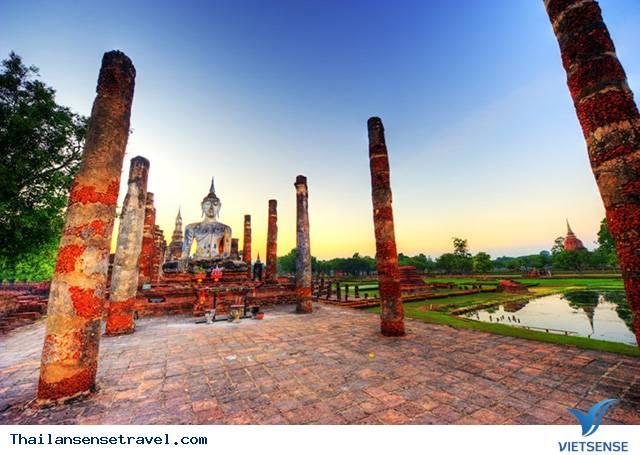 Nghỉ lễ 30/4 - 1/5 nên đi du lịch ở đâu - Vietsense Travel - Ảnh 6