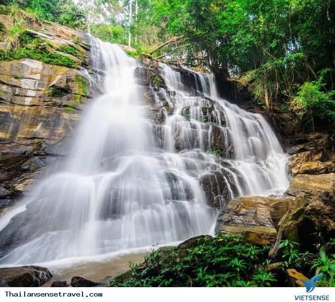 Thác nước Huay Kaew