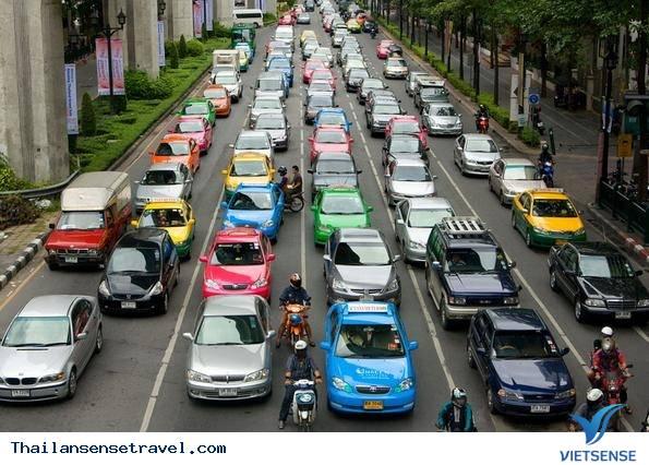 Thán phục trước văn hoá giao thông tại Thái Lan - Ảnh 1