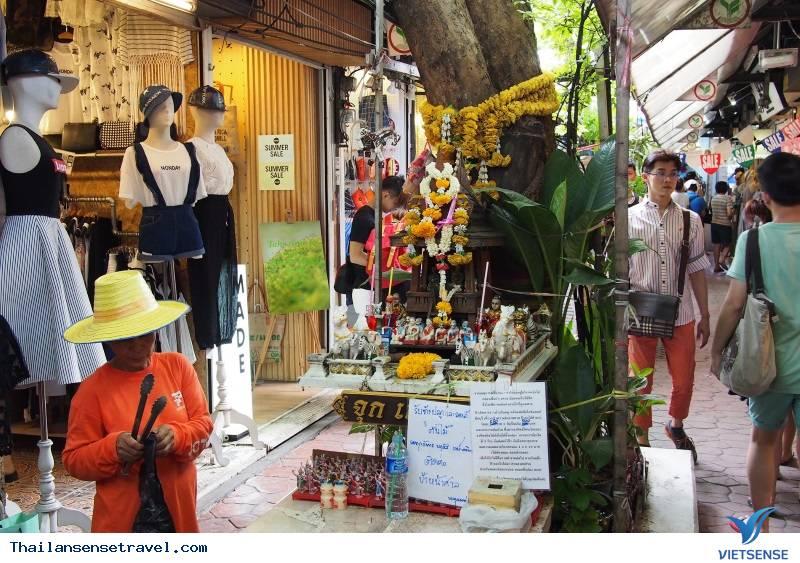 Top những khu chợ đêm không thể không đi khi du lịch Bankok Thái Lan - Ảnh 3