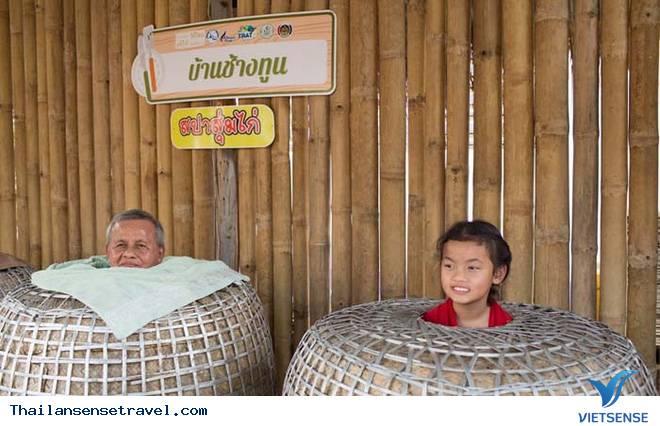 Trải nghiệm cách xông hơi độc đáo ở Thái Lan - Ảnh 1